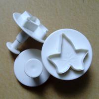 HB0361 Plastic 3pcs Large Maple shaped Cake Fondant Plunger Cutter set